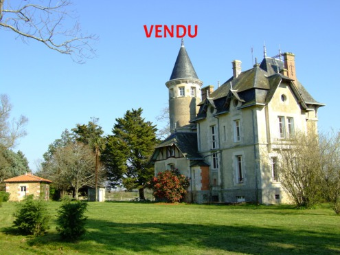 chateaux a vendre Nord Loire Sud Belle Demeure Charme Lux Residence Secondaire Loire-Atlantique Vendee Vente Achat Manoir Propriete Maison Moulin Haras French properties for sale Real estate agency