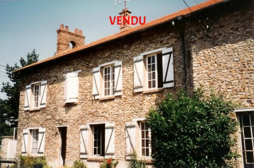 French properties for sale home houses castle manor mansion farmhouse farm pond pool tennis golf land area stable equestrian France Loire Atlantic Vendee real estate agency Nantes Baule Guerande Porni