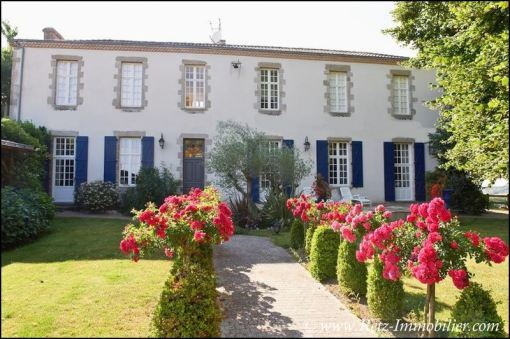 immobilier, vente, achat, maison a vendre, demeure, propriete, maison caractere, dependances, house for sale, property, real estate, vendee, puy du fou, cholet, mauleon, mortagne, 85, 79, 49