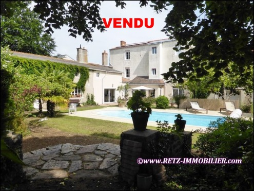 vente chateau, vente propriete, vente villa, vente belle demeure, vente maison de caractère, vente haras, vente propriete equestre